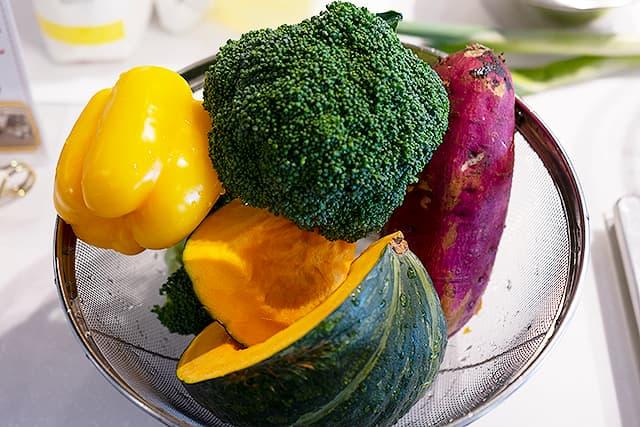 秋野菜のホットサラダ2